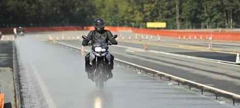 Maîtrise de la moto à allure normale - IV